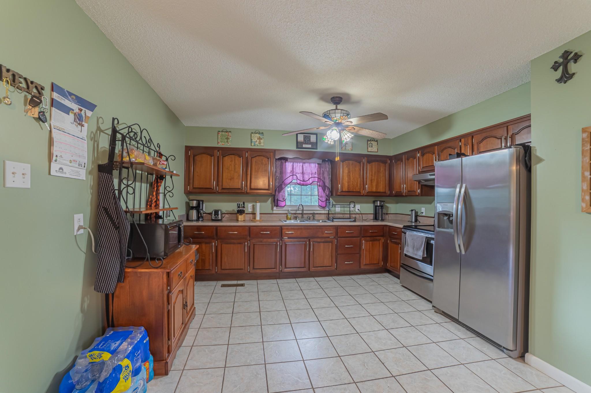 1024 Blue Creek Rd Property Photo 12