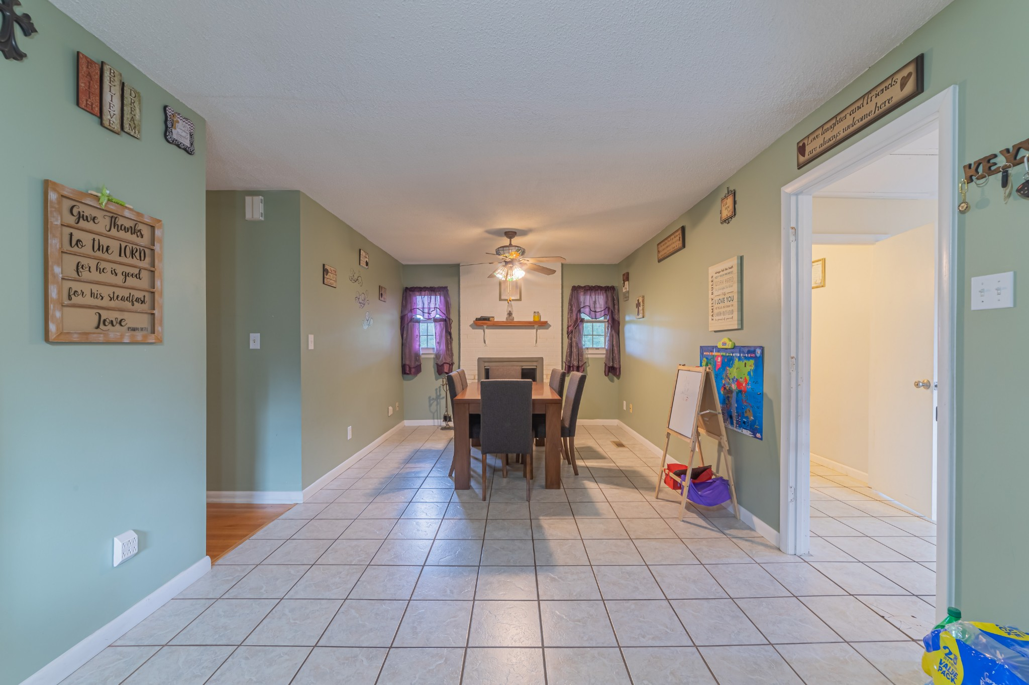 1024 Blue Creek Rd Property Photo 15