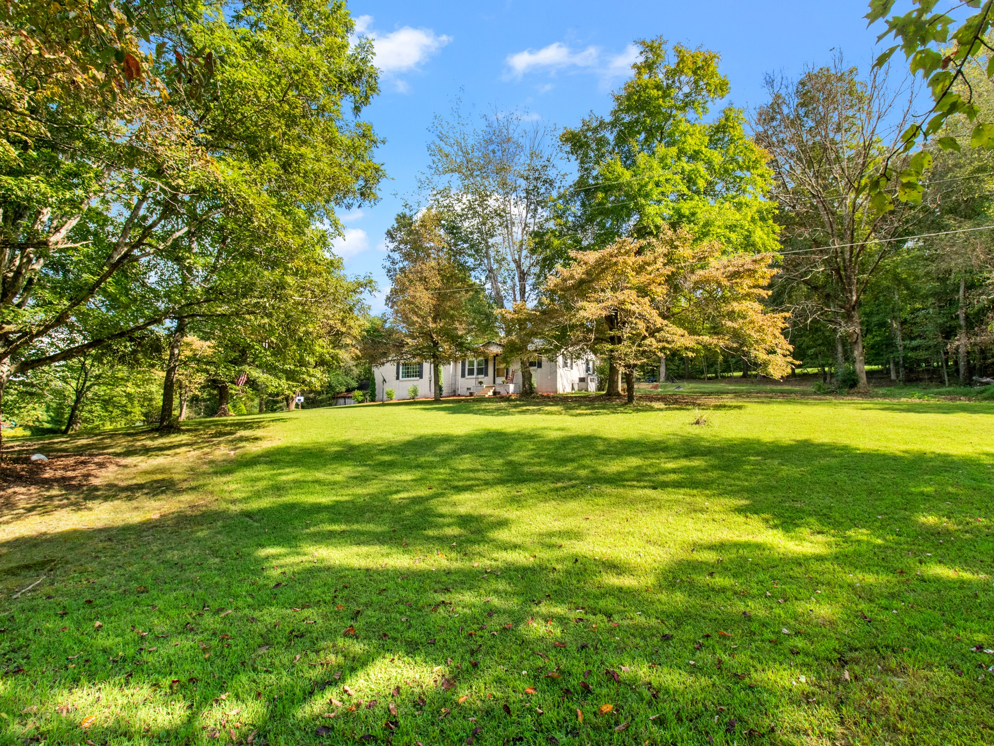 6932 Brown Hollow Road Property Photo