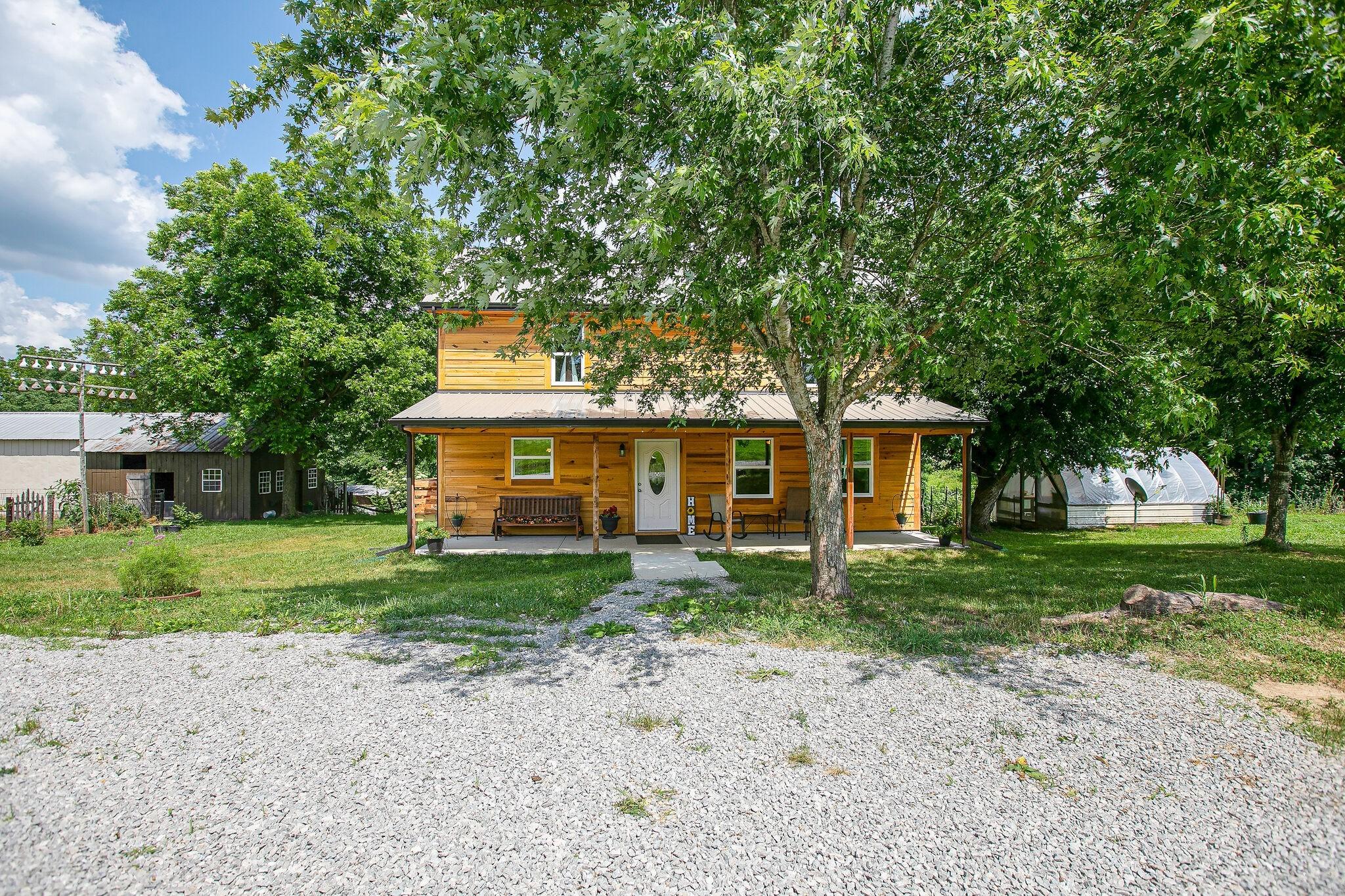 38456 Real Estate Listings Main Image