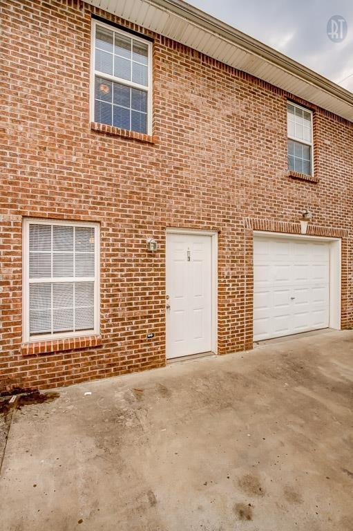 535 Lafayette Rd Property Photo