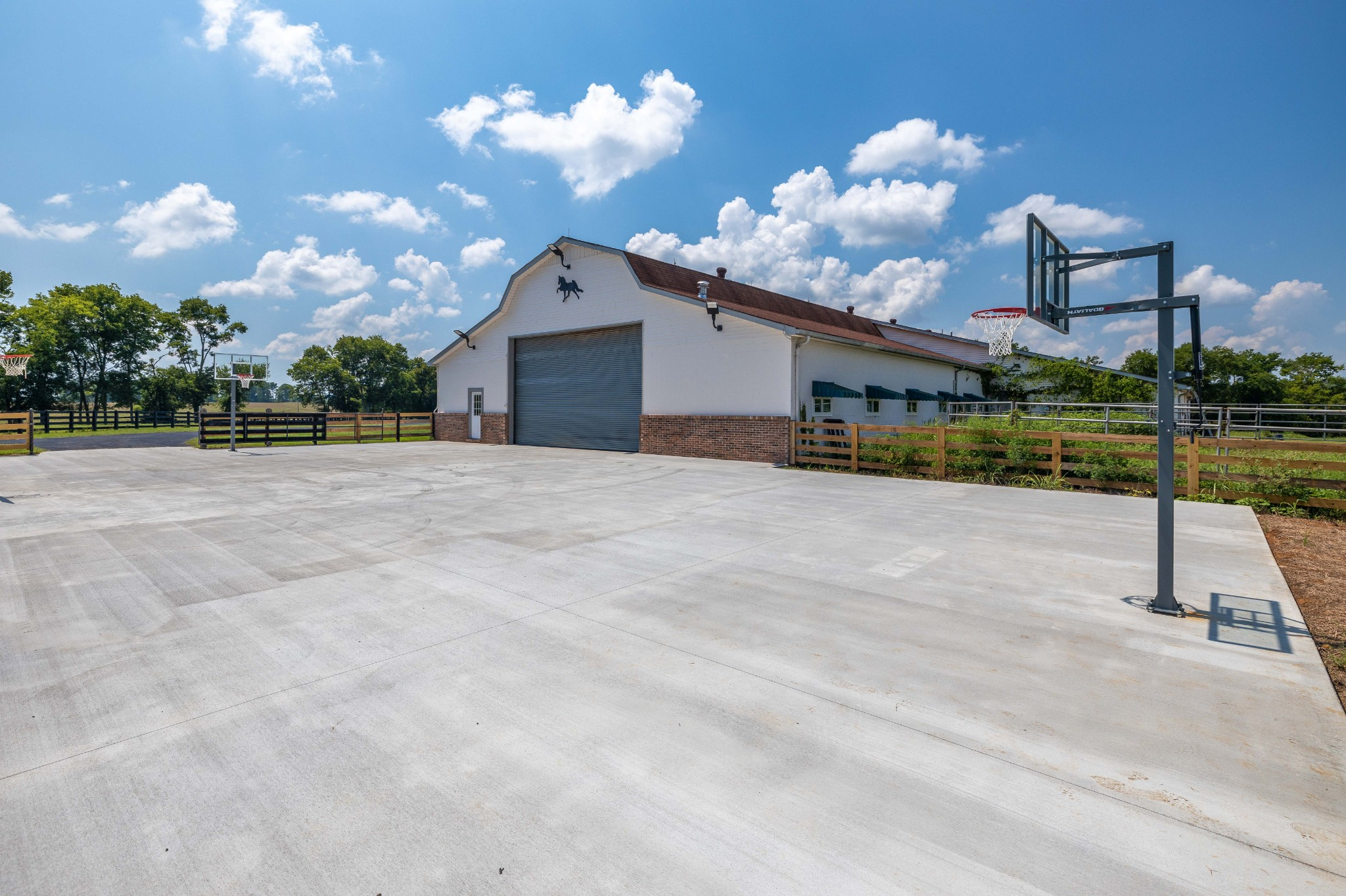 607 Sunnyside Ln Property Photo 31