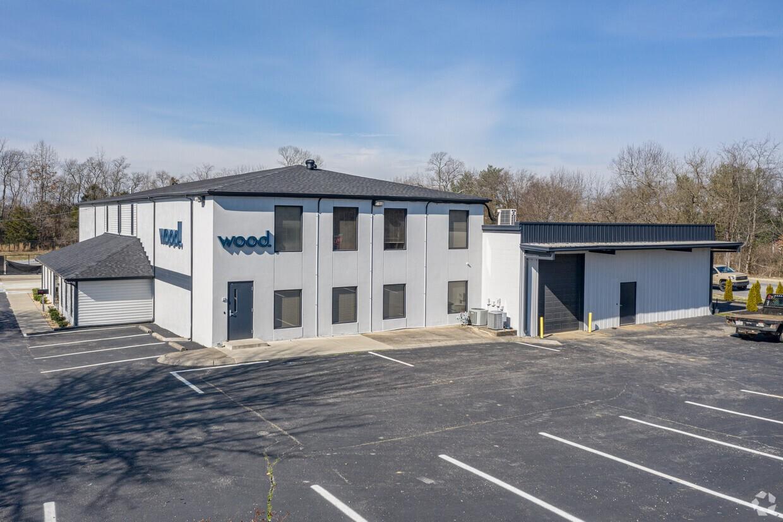 324 Sumner Hall Dr Property Photo
