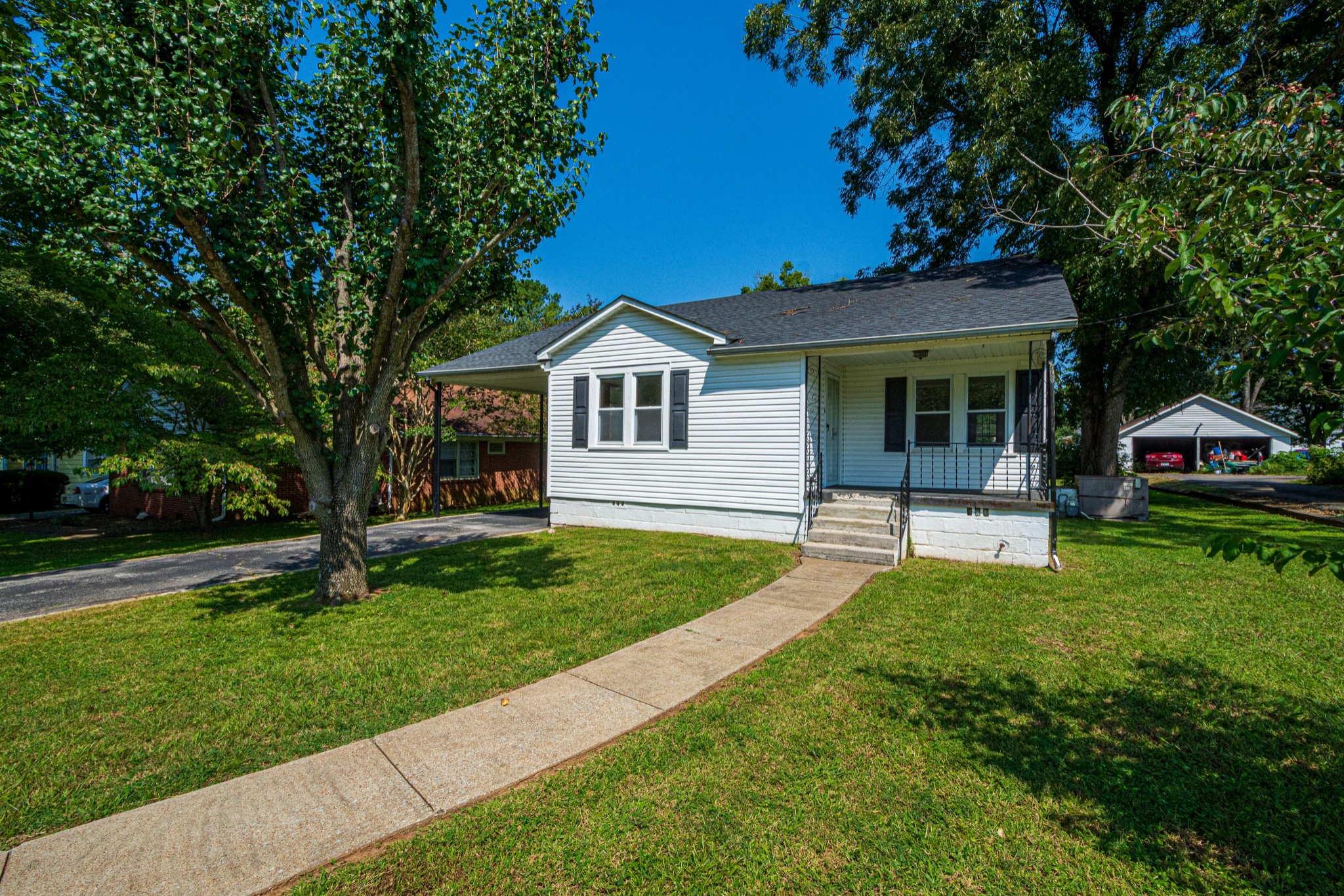 538 Lincoln St Property Photo