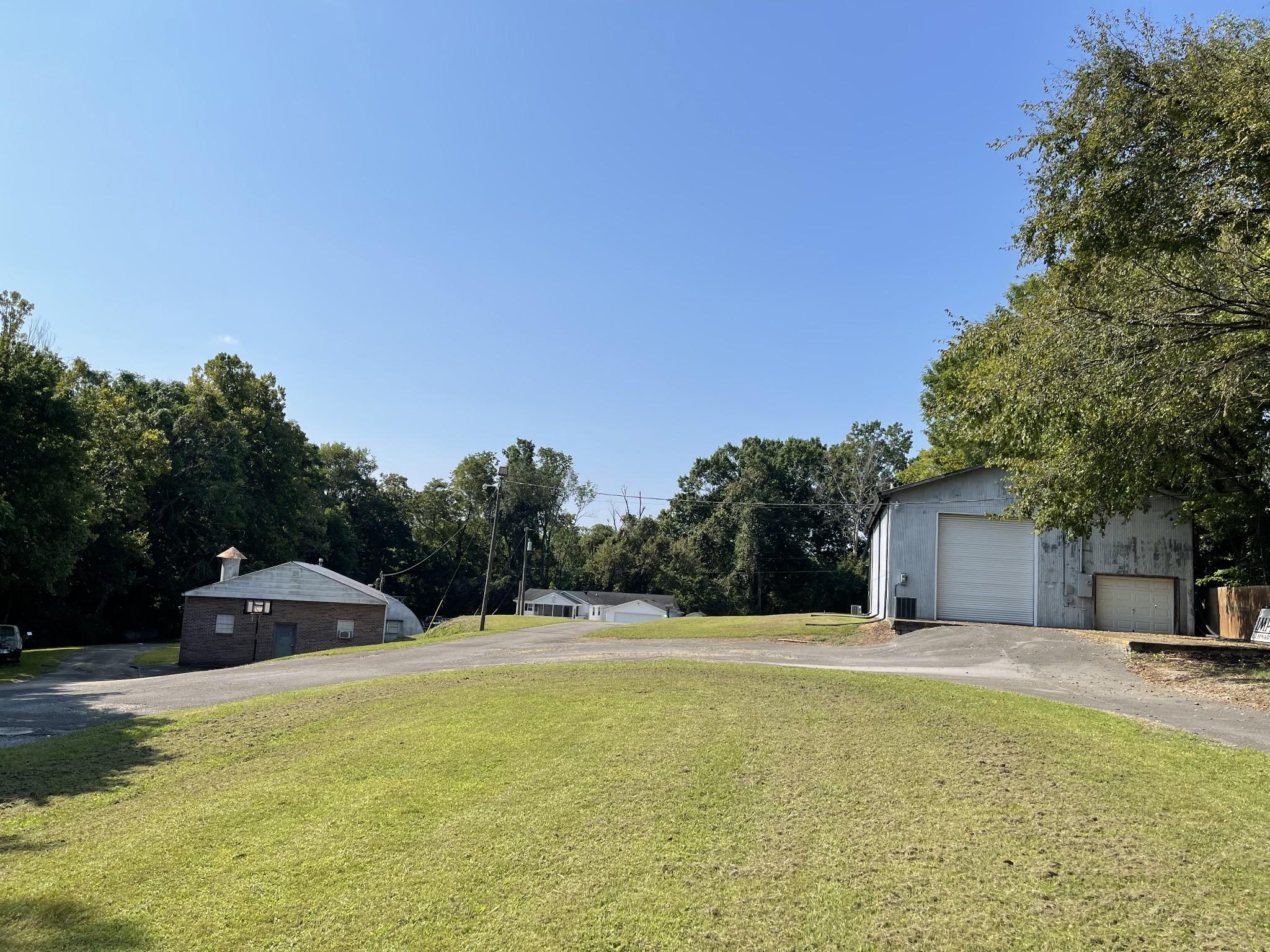 298 Tobacco Road Property Photo