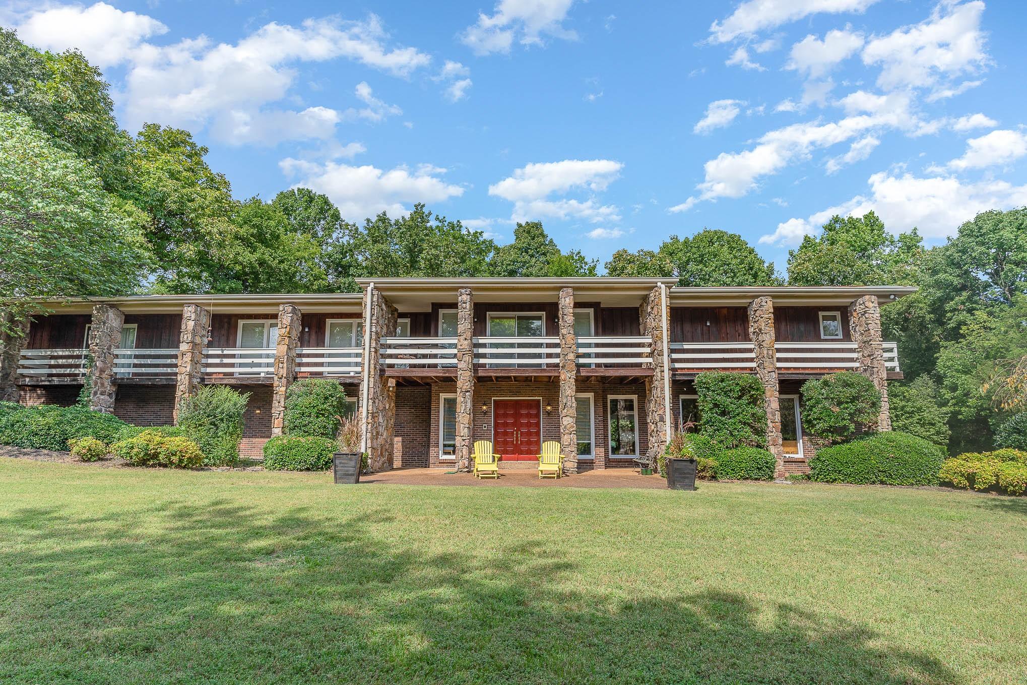 2415 Mansker Dr Property Photo