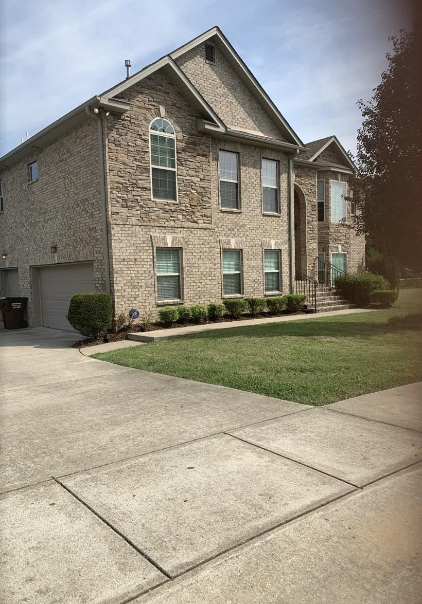 716 Hardys Ct Property Photo