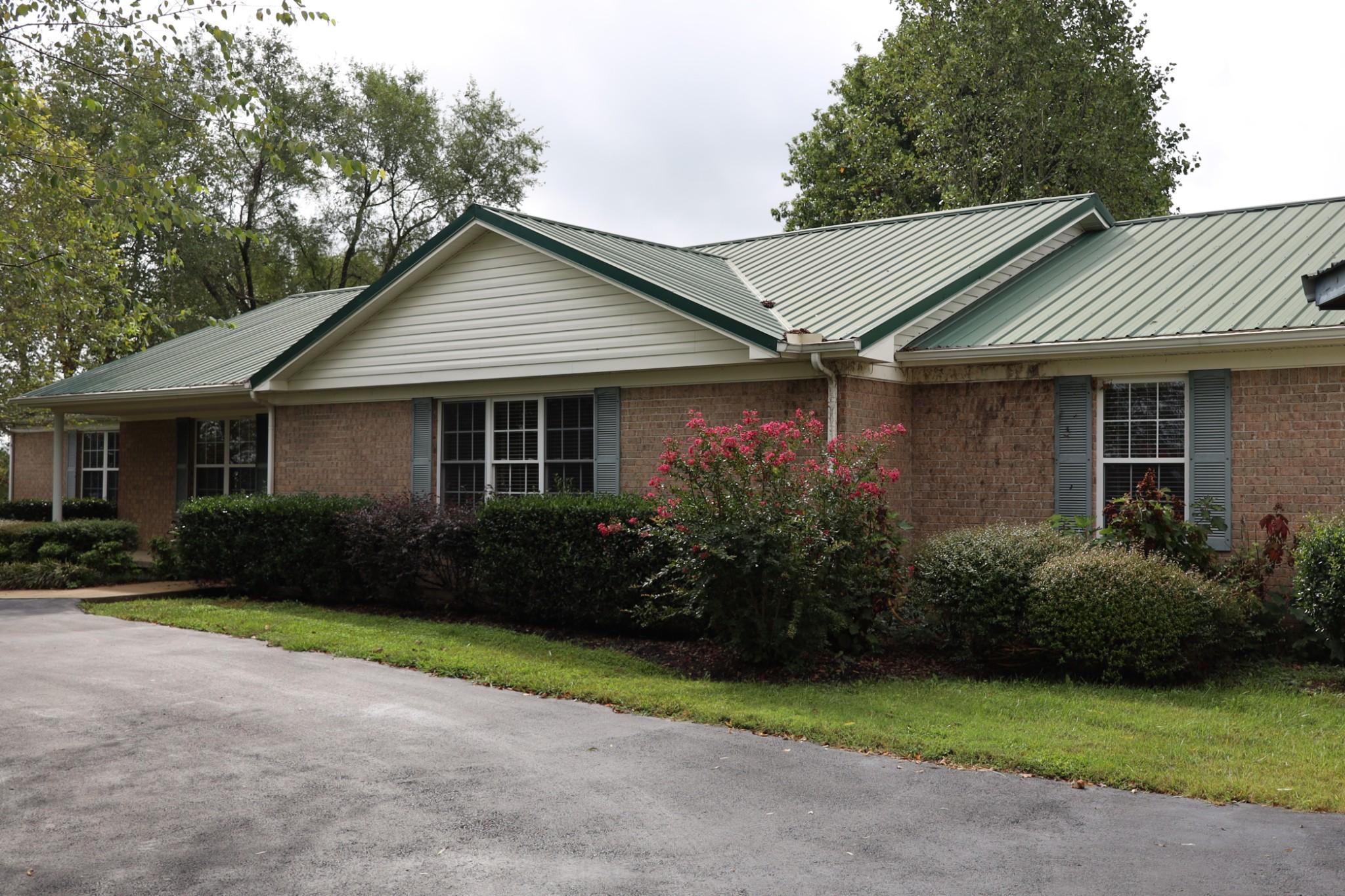 533 W Webb Rd Property Photo