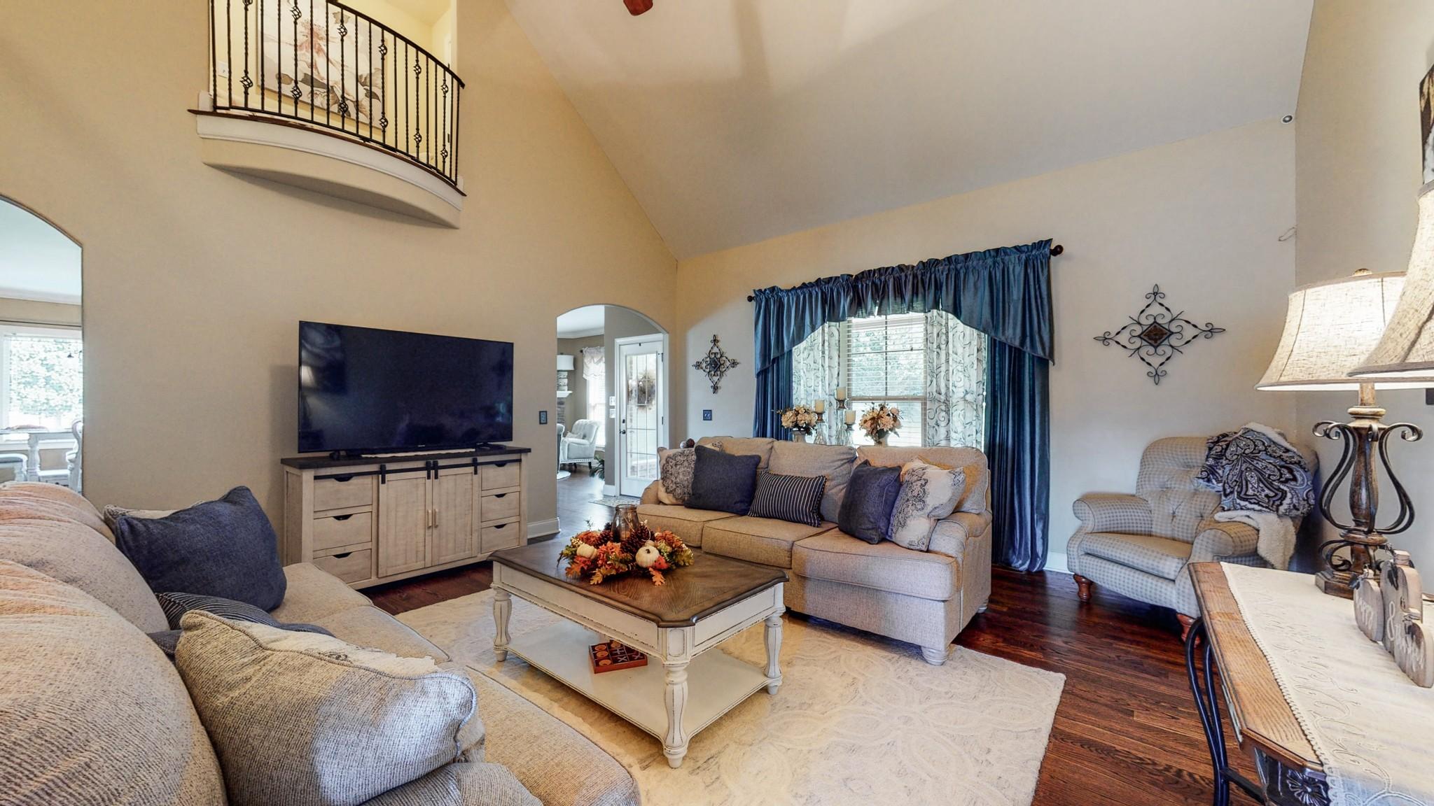 1013 Kendras Run Property Photo 4