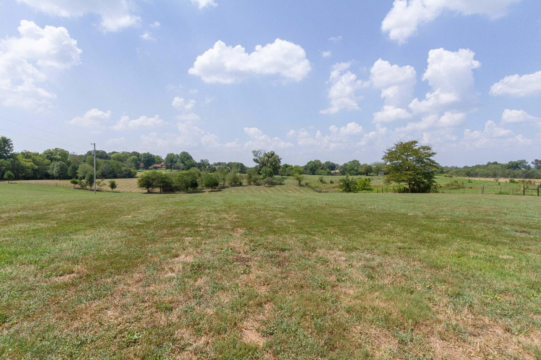 133 Greenfield Ln Property Photo 40