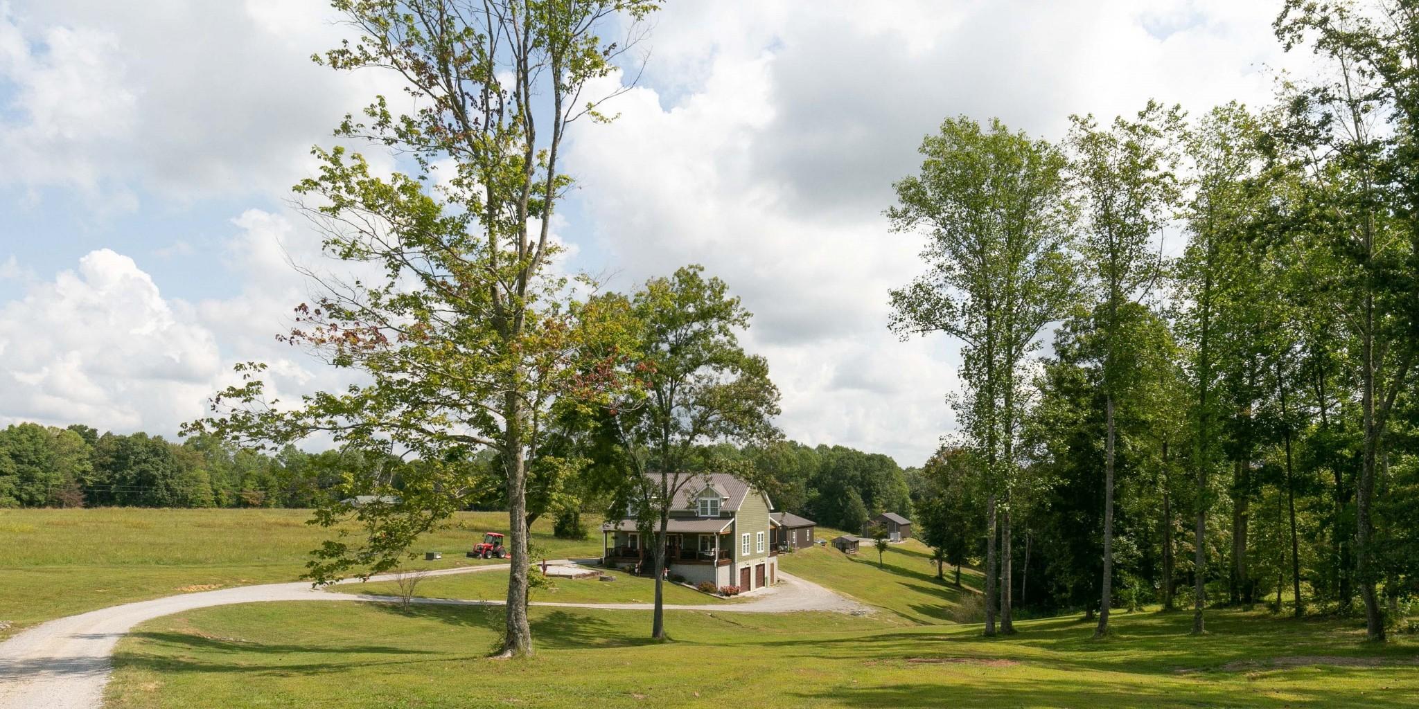 4920 Galen Rd Property Photo 1