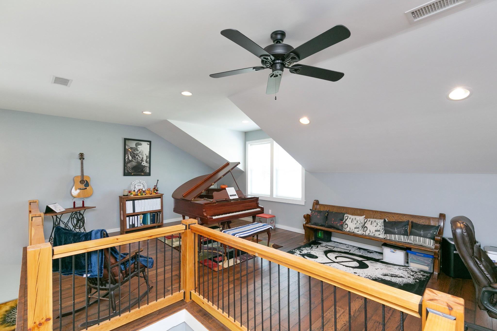 4920 Galen Rd Property Photo 25