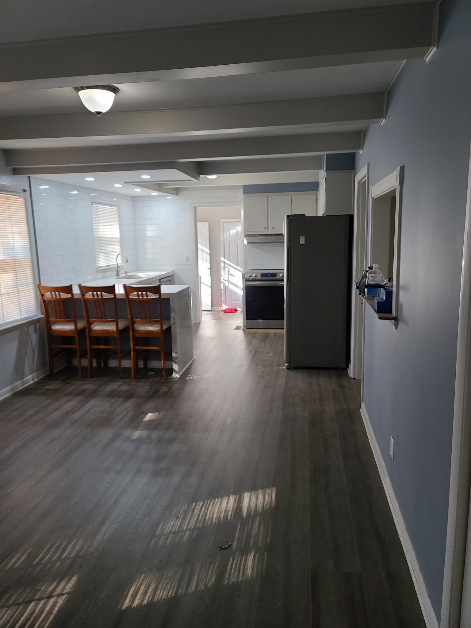 208 Mason St Property Photo 11