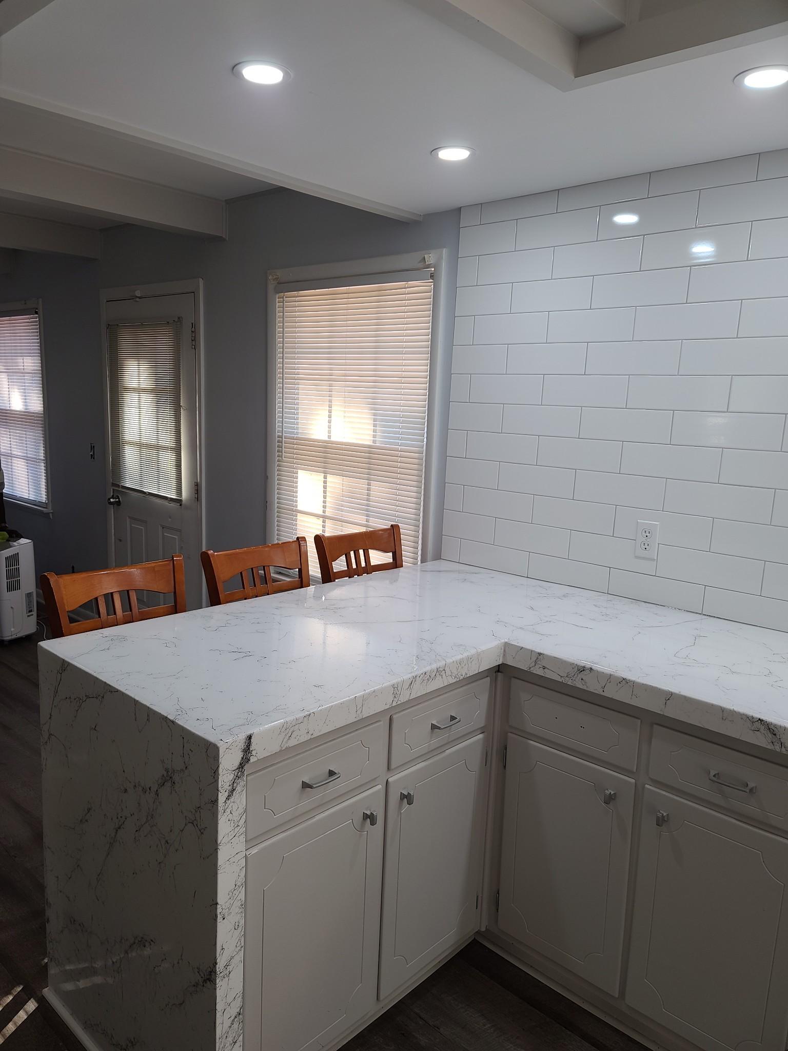 208 Mason St Property Photo 12