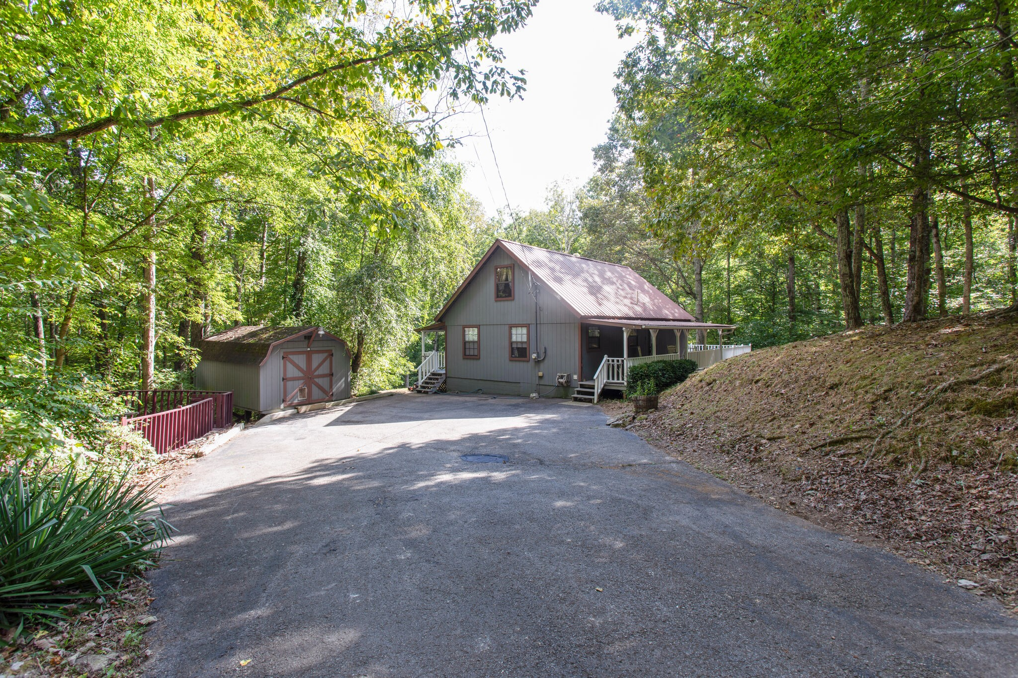 1085 Savely Rd Property Photo