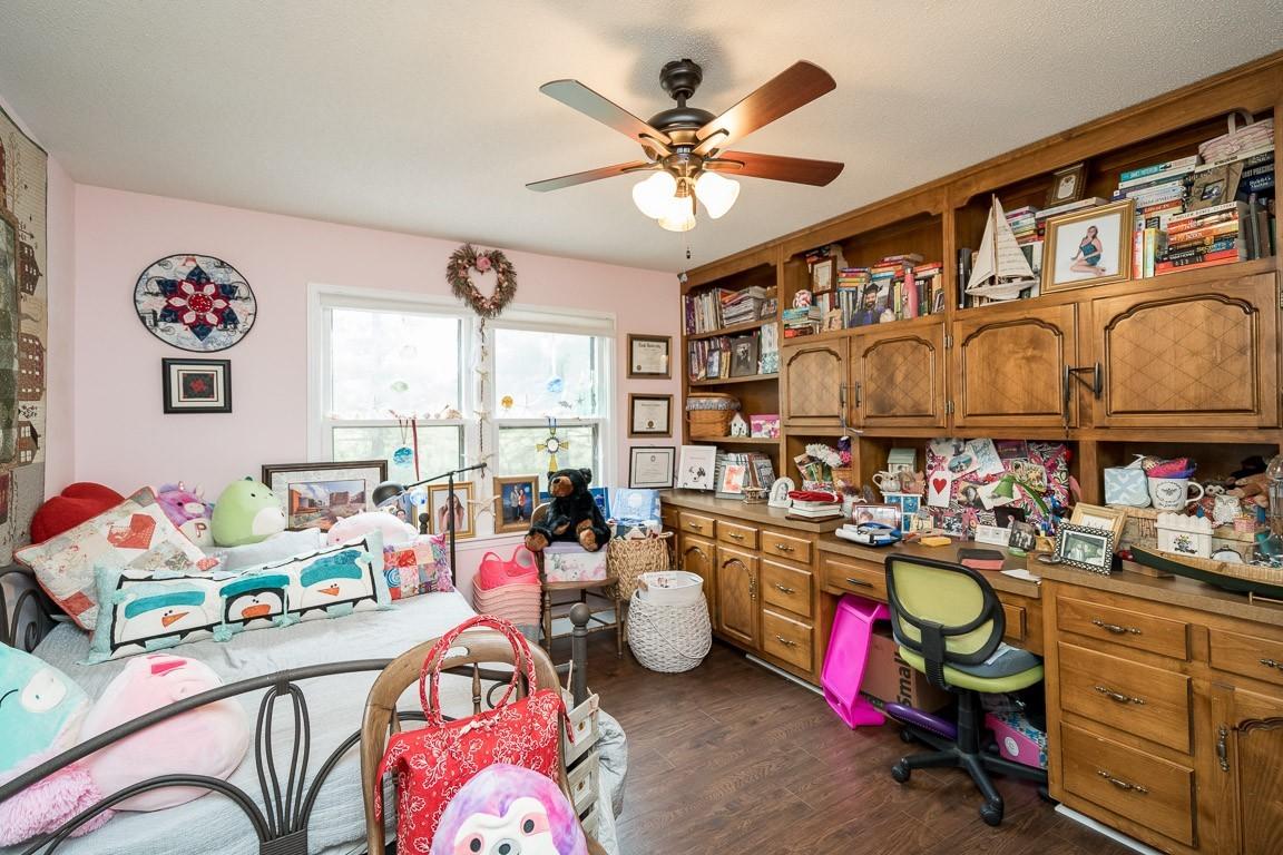 337 Peterson Ln Property Photo 9