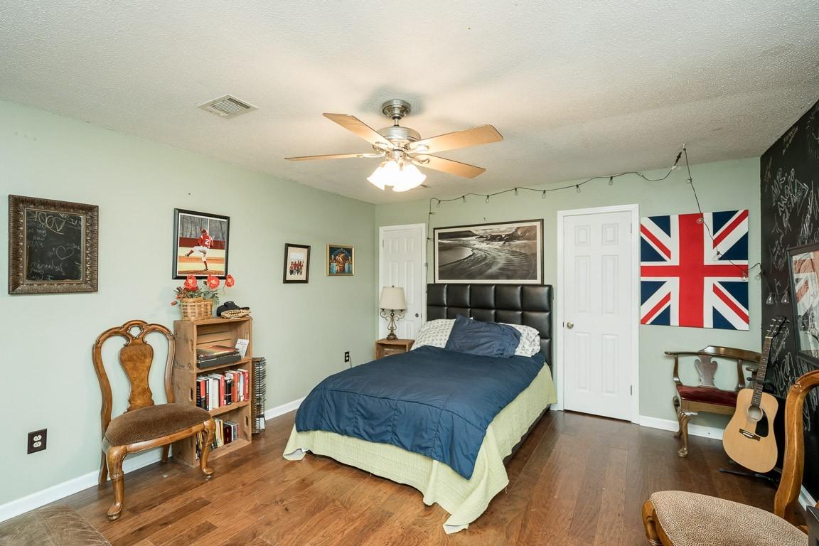 337 Peterson Ln Property Photo 31