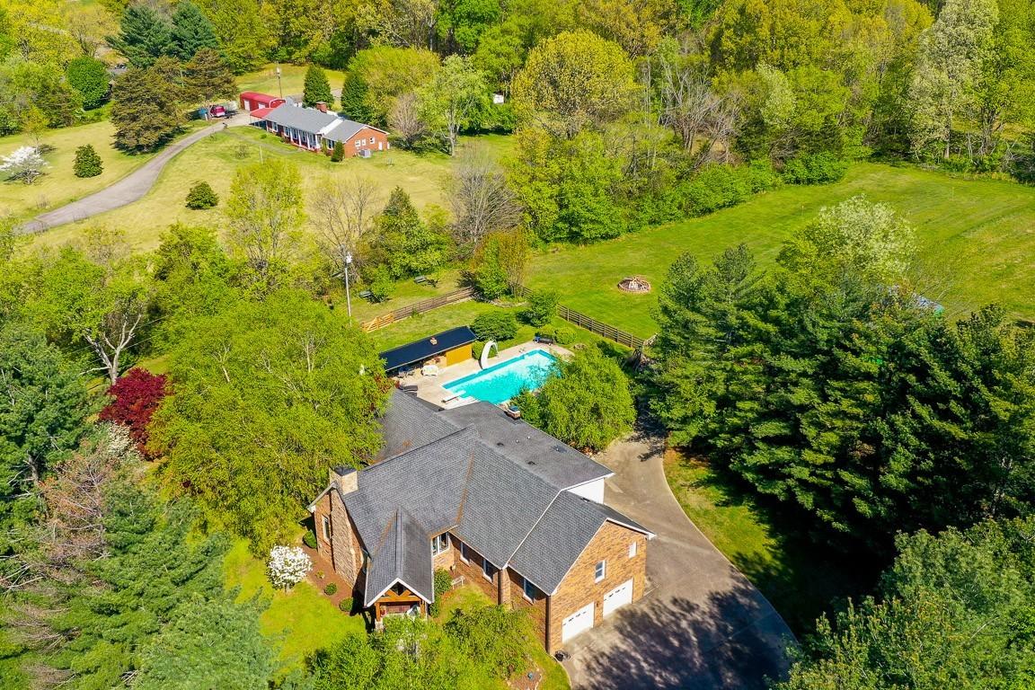 337 Peterson Ln Property Photo 44