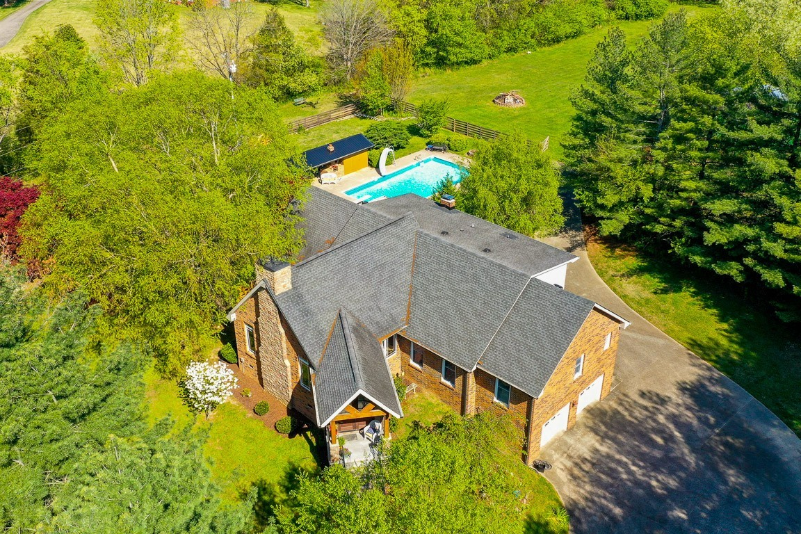 337 Peterson Ln Property Photo 46