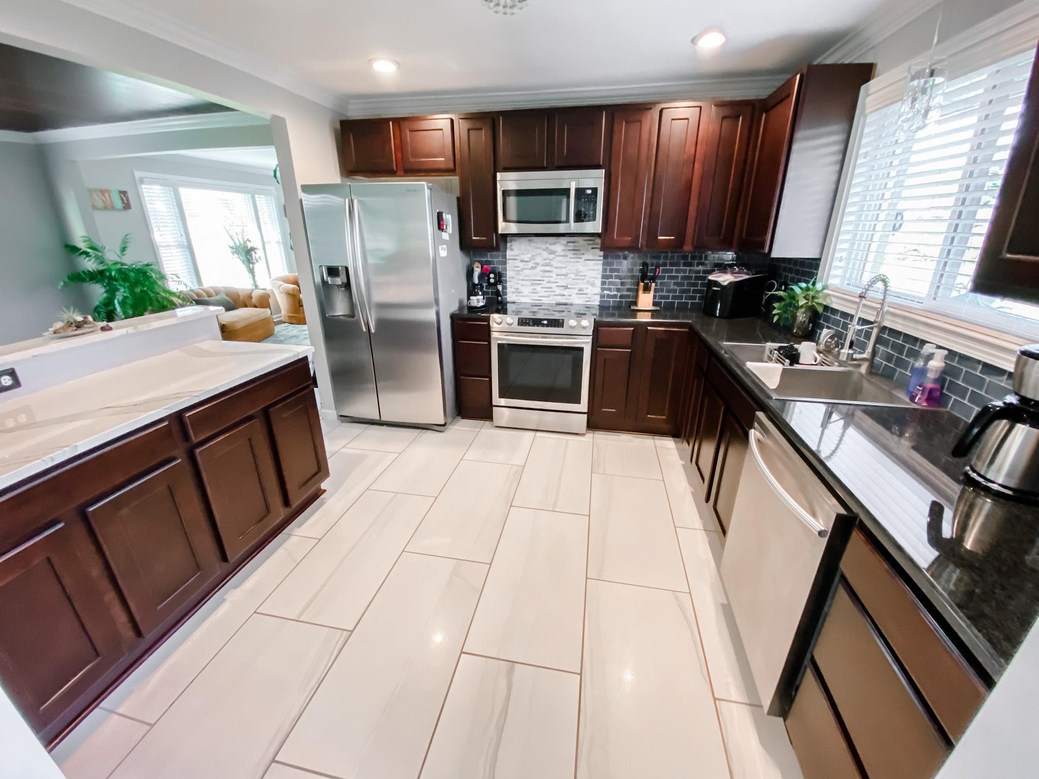 212 Murfreesboro Rd Property Photo 9