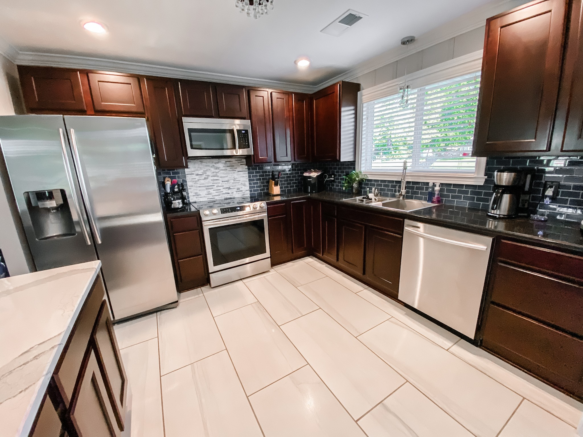 212 Murfreesboro Rd Property Photo 10