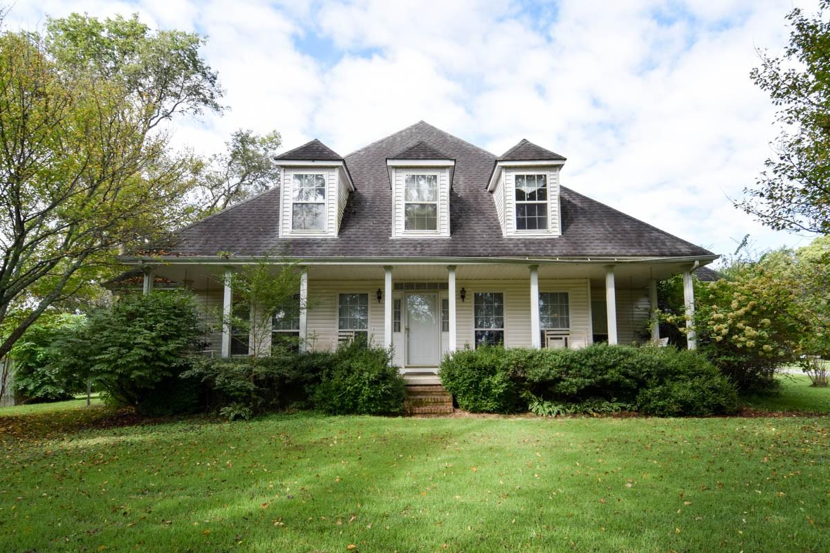 1036 Hilton Ln Property Photo