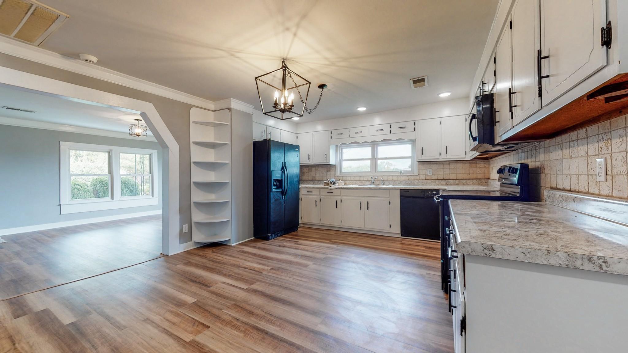 Ag Real Estate Listings Main Image
