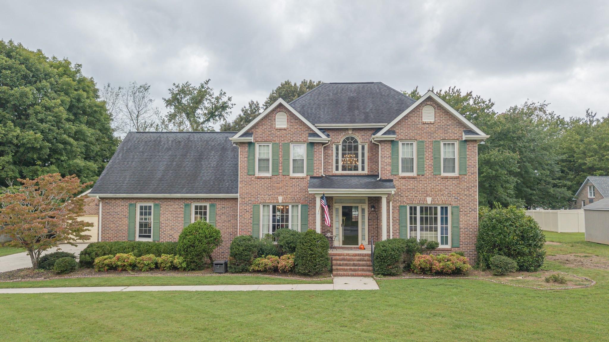 102 Yorktown Dr Property Photo 1