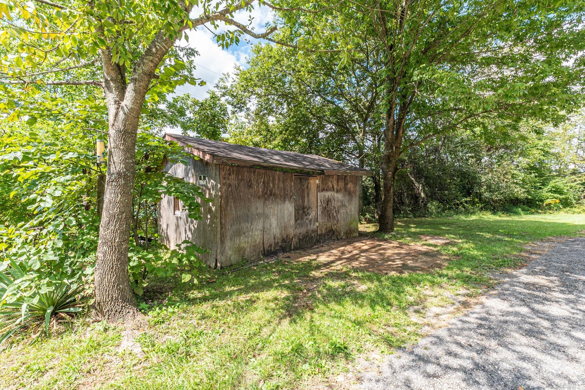 1206 Dobbins Pike Property Photo 29