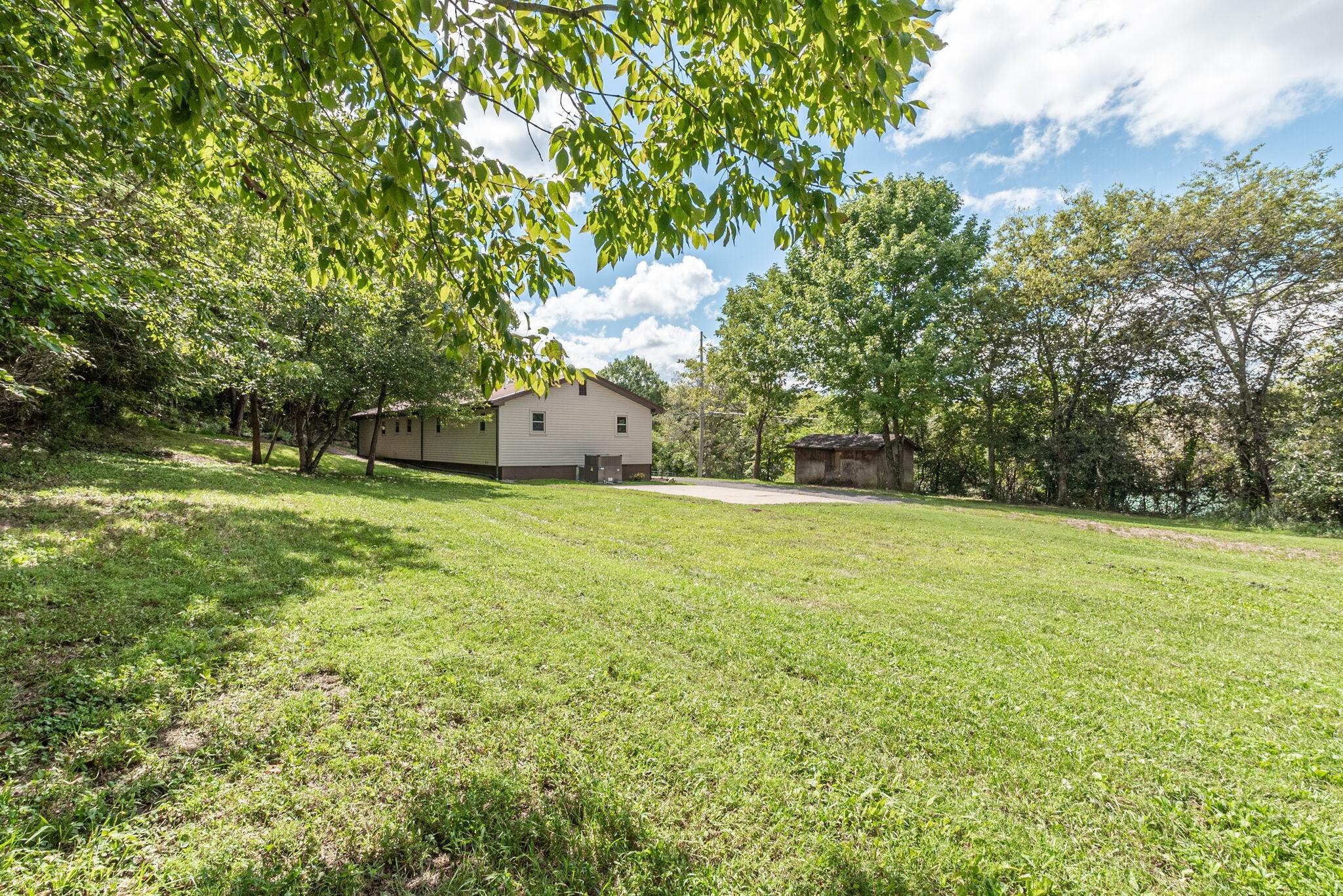1206 Dobbins Pike Property Photo 31