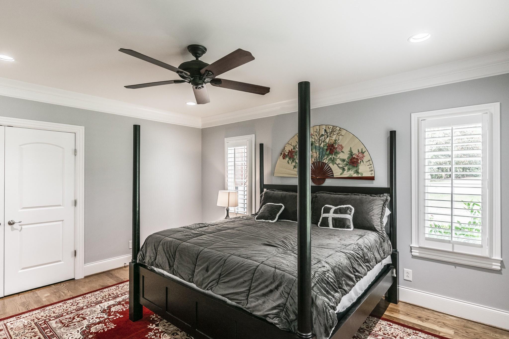 2700 Wortham Ave Property Photo 15