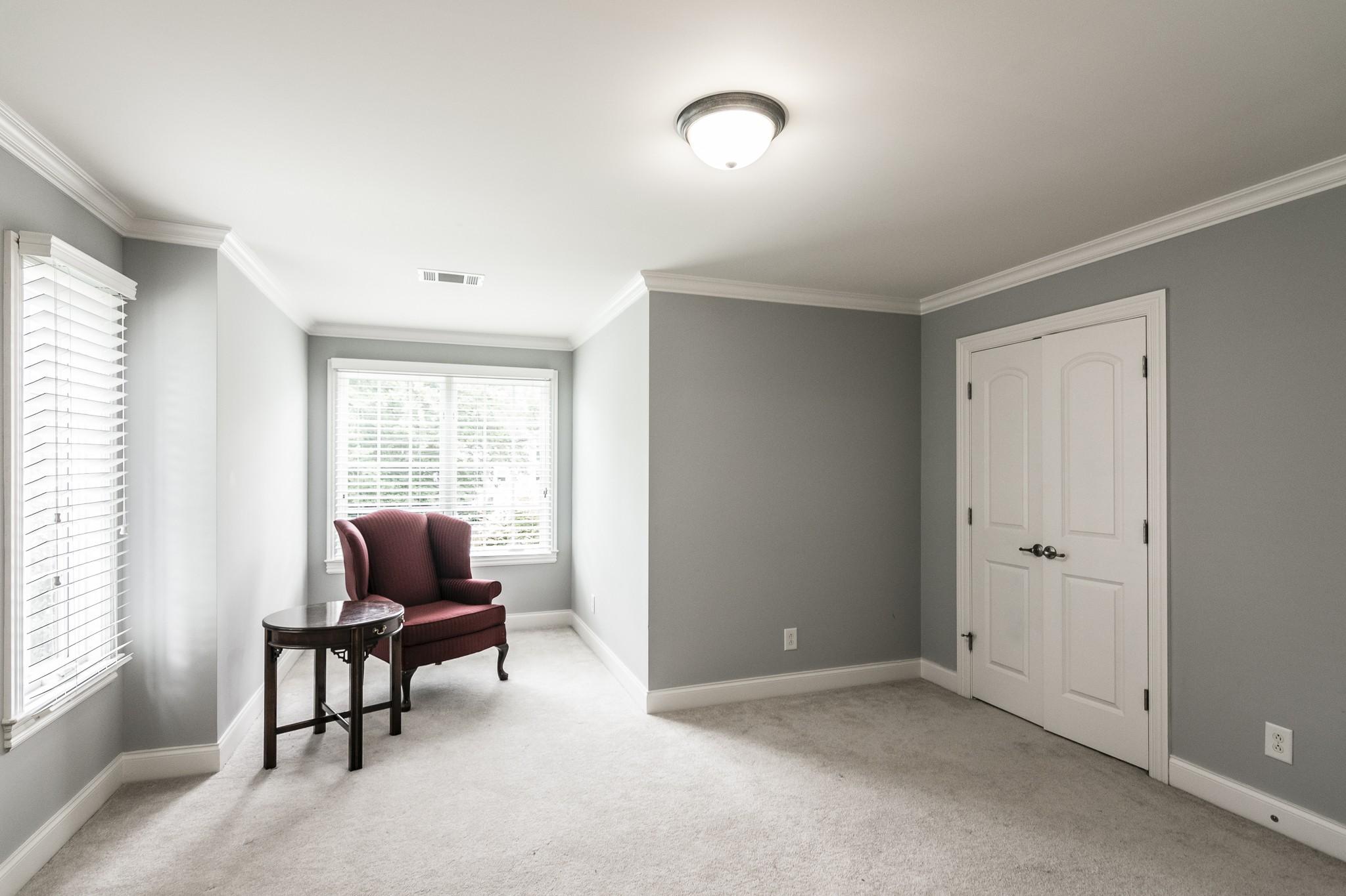2700 Wortham Ave Property Photo 27