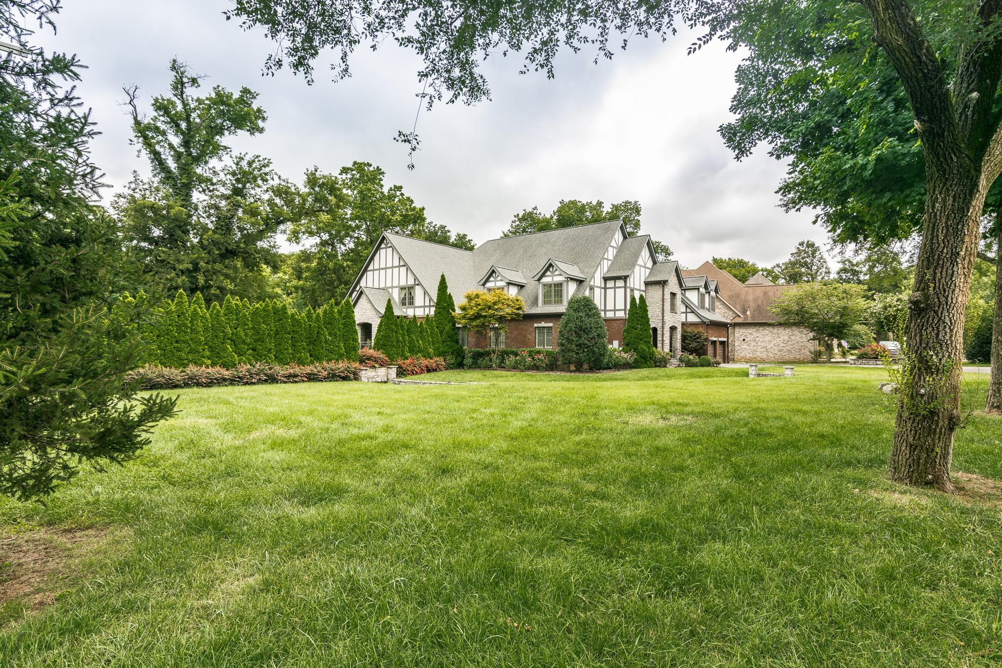 2700 Wortham Ave Property Photo 40