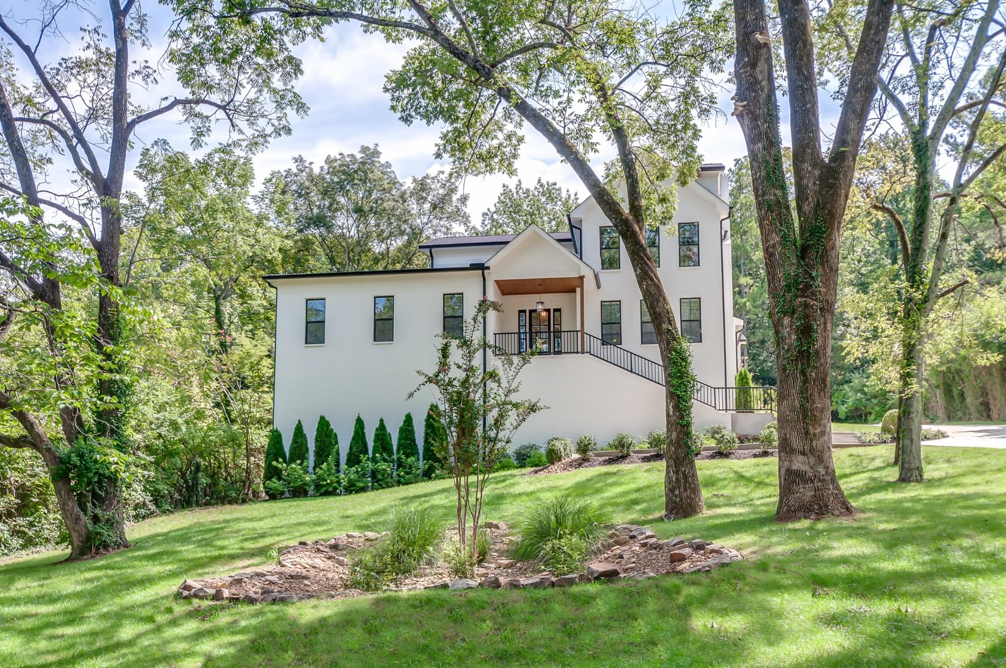 4511 Beacon Dr Property Photo 1