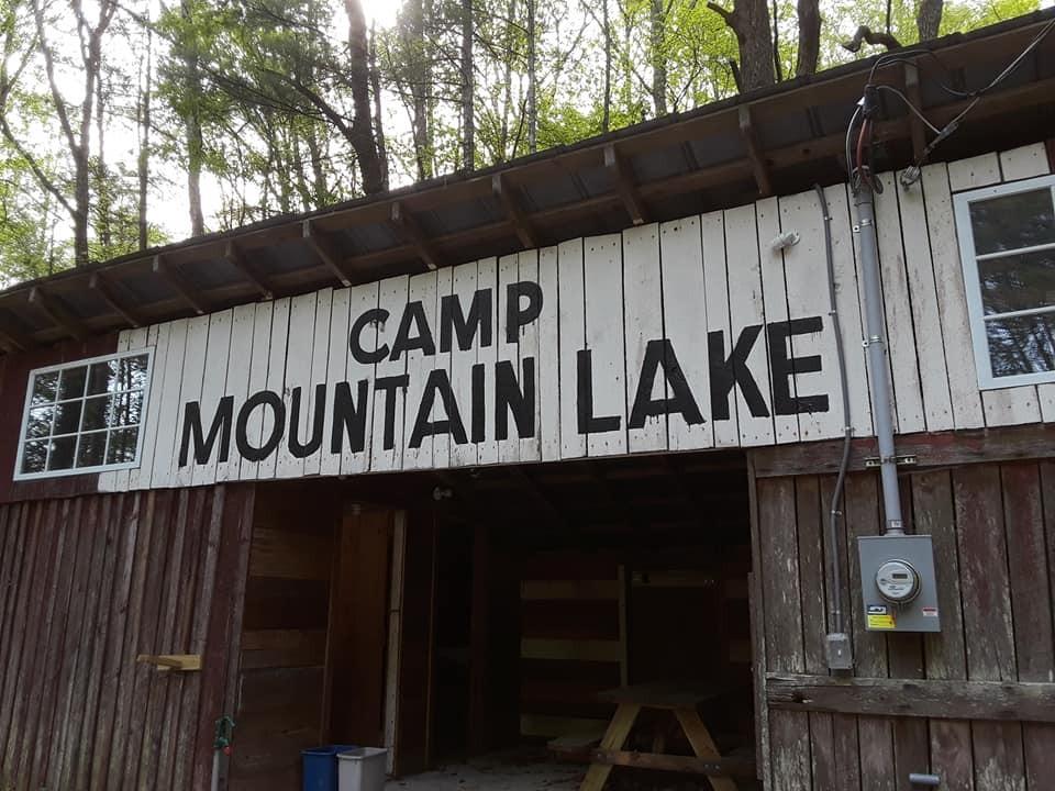 587 Lakes Rd Property Photo