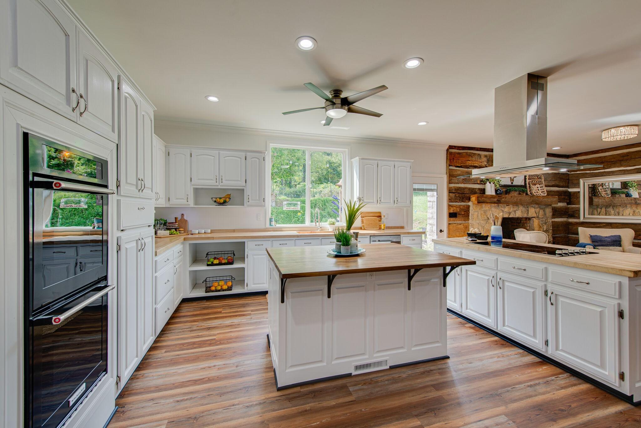 3425 Hurricane Creek Rd Property Photo 5