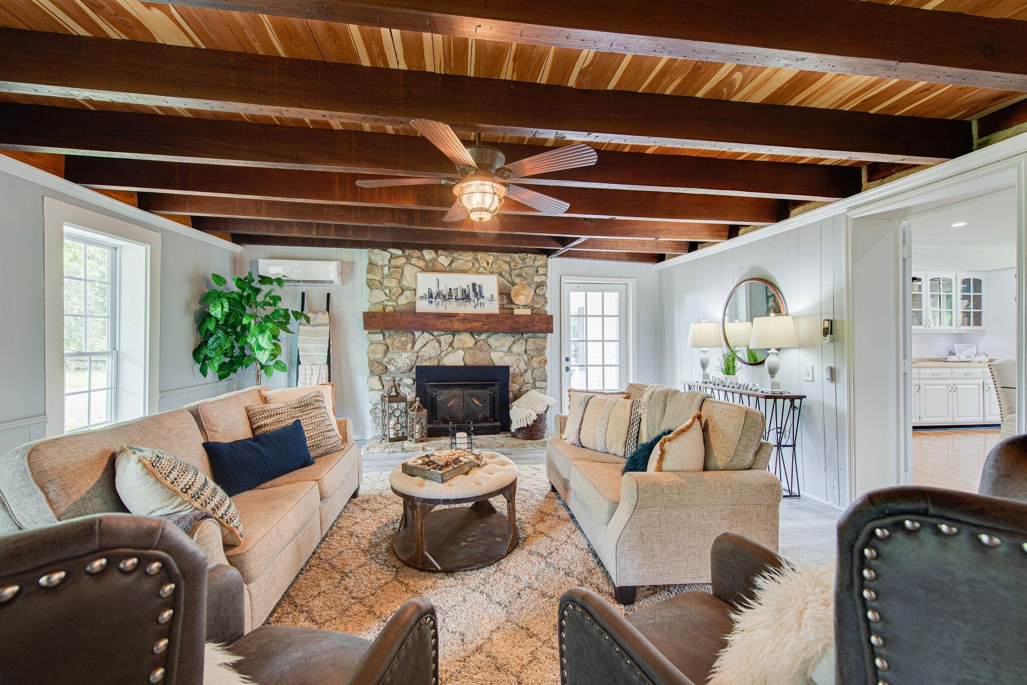 3425 Hurricane Creek Rd Property Photo 15