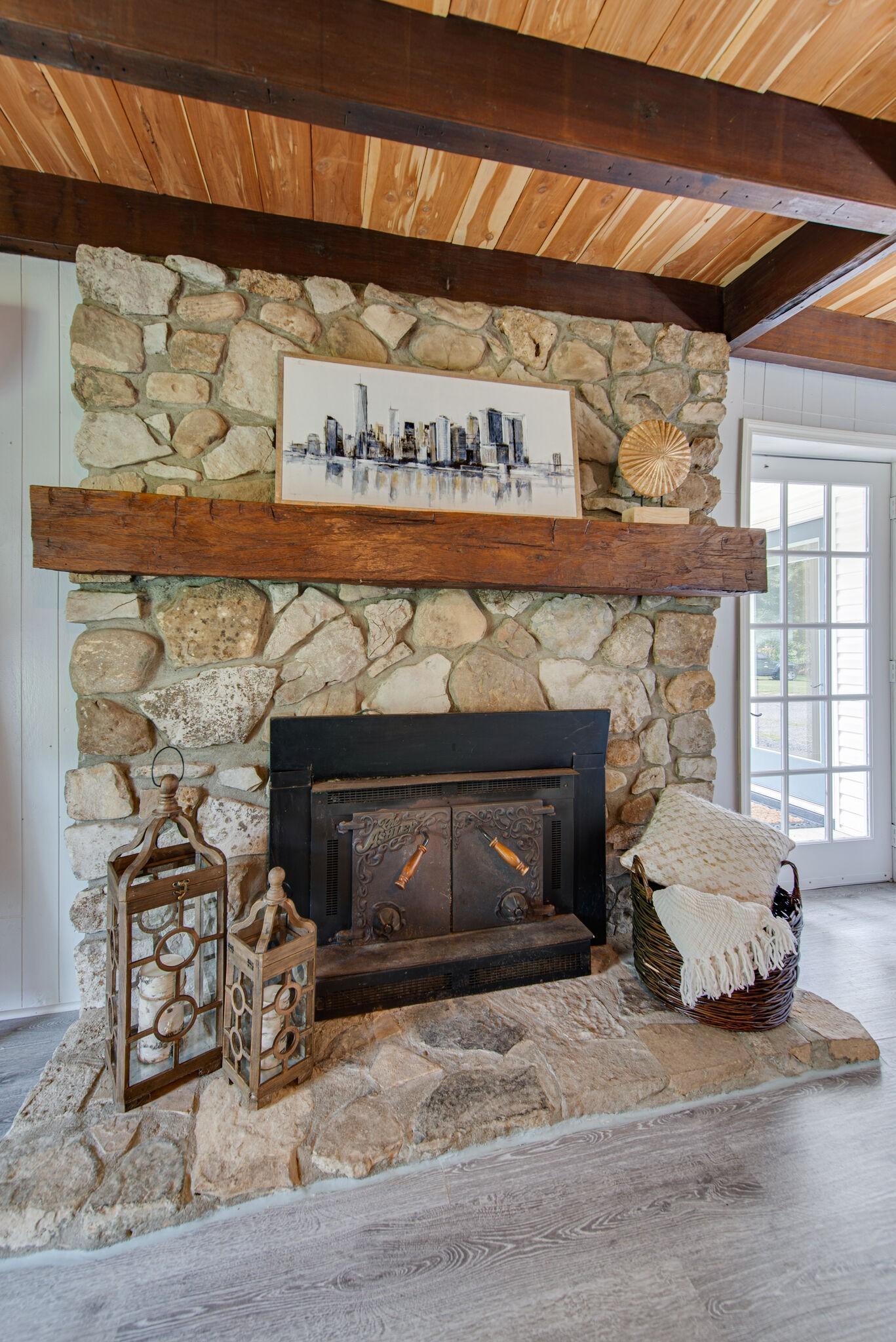 3425 Hurricane Creek Rd Property Photo 17