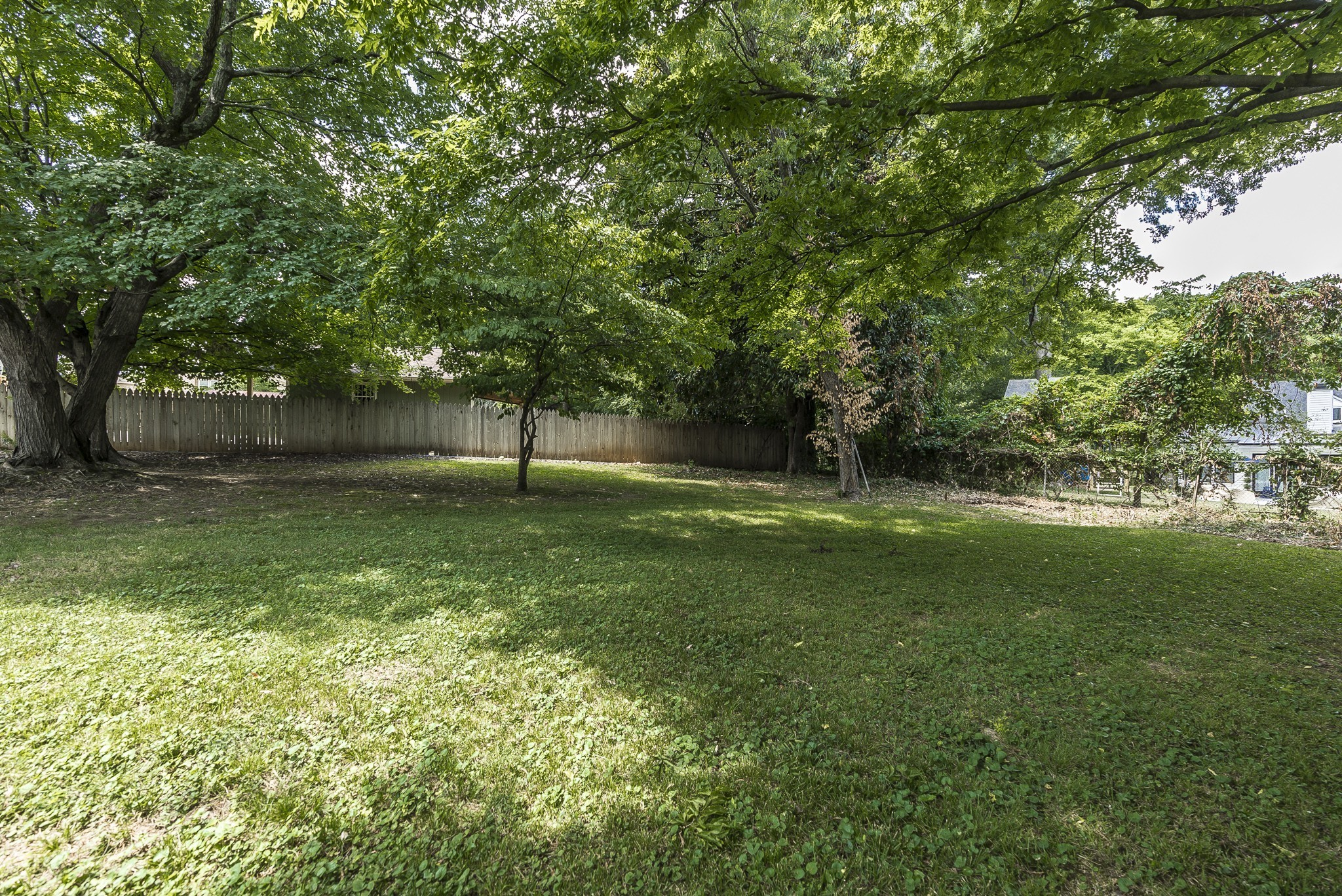 1215 Kenwood Dr Property Photo 9