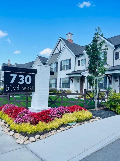 730 Boulevard West Real Estate Listings Main Image