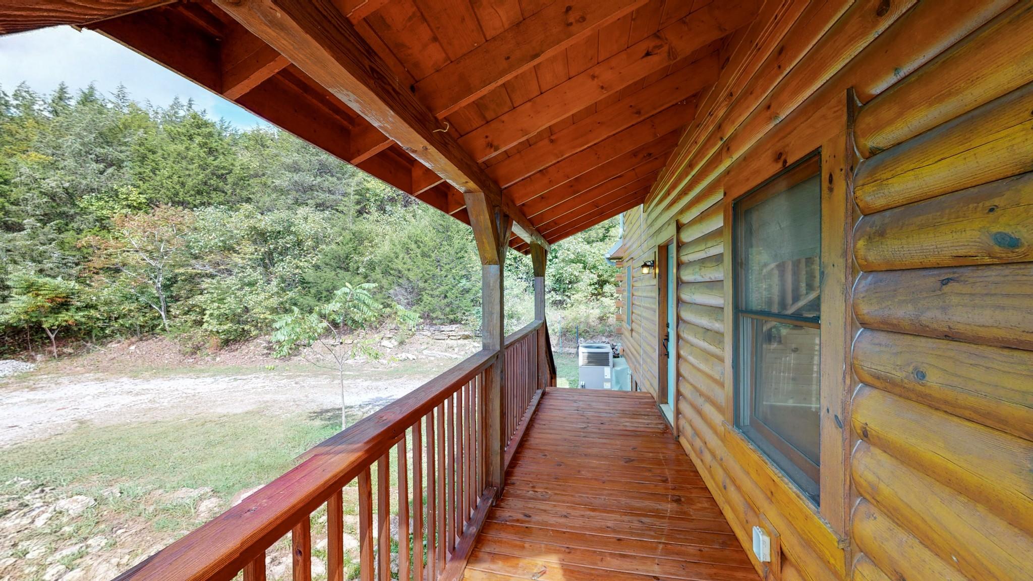 493 Lake Hollow Rd Property Photo 6