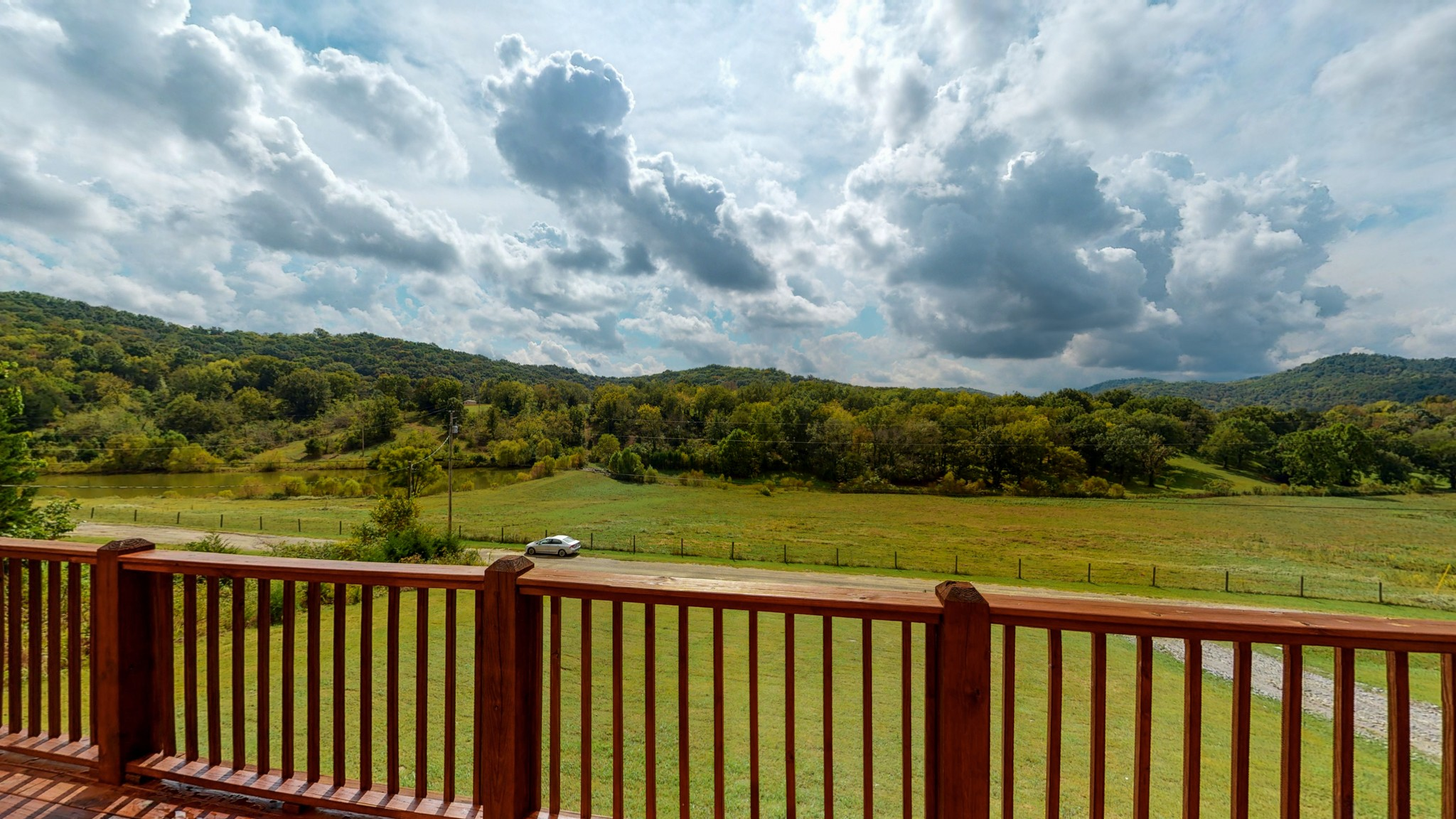 493 Lake Hollow Rd Property Photo 8