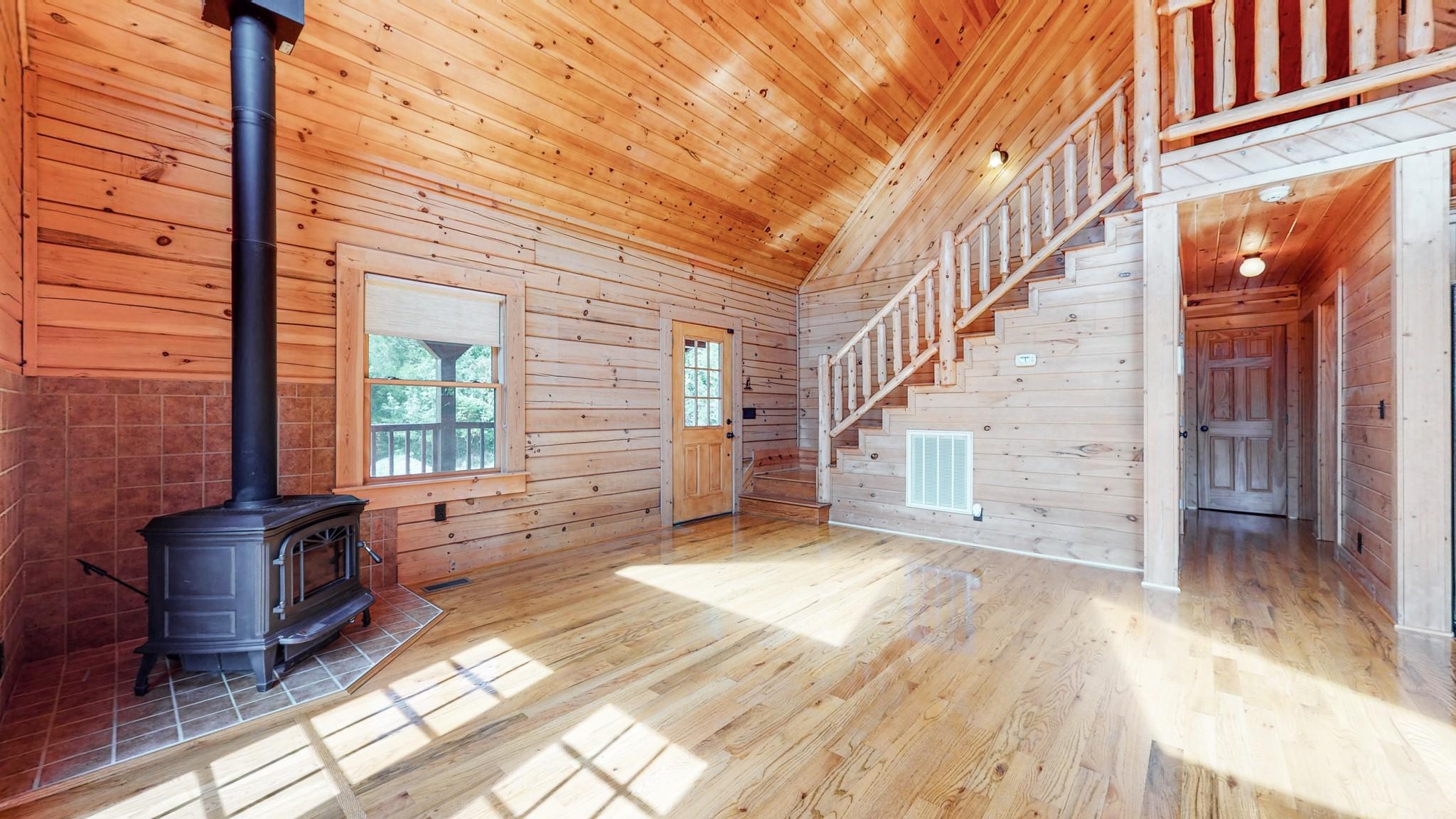 493 Lake Hollow Rd Property Photo 15