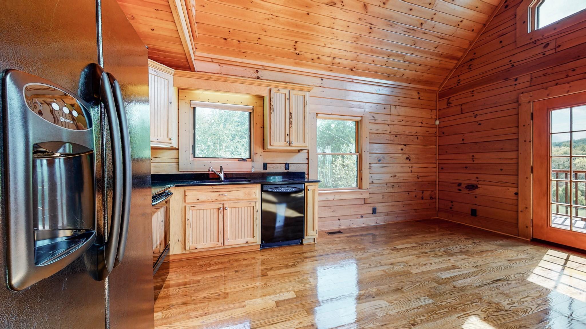 493 Lake Hollow Rd Property Photo 17