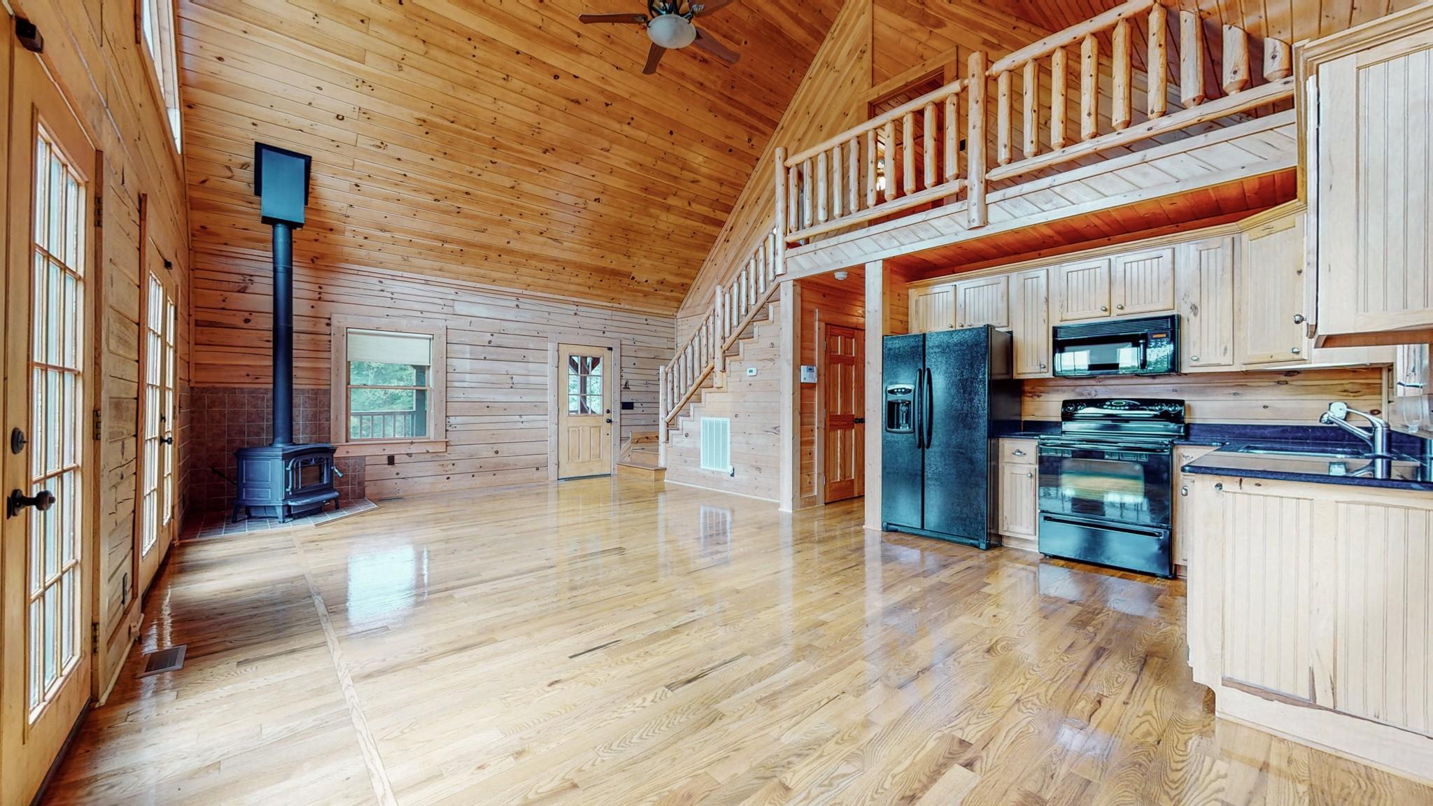 493 Lake Hollow Rd Property Photo 20