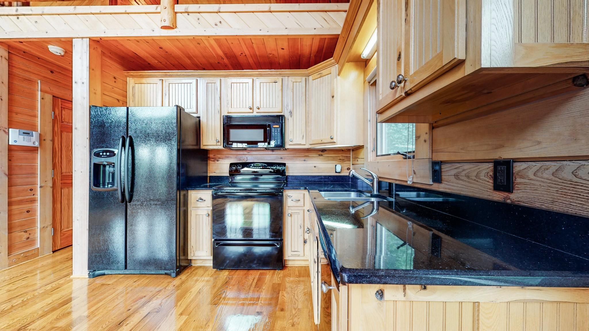 493 Lake Hollow Rd Property Photo 21