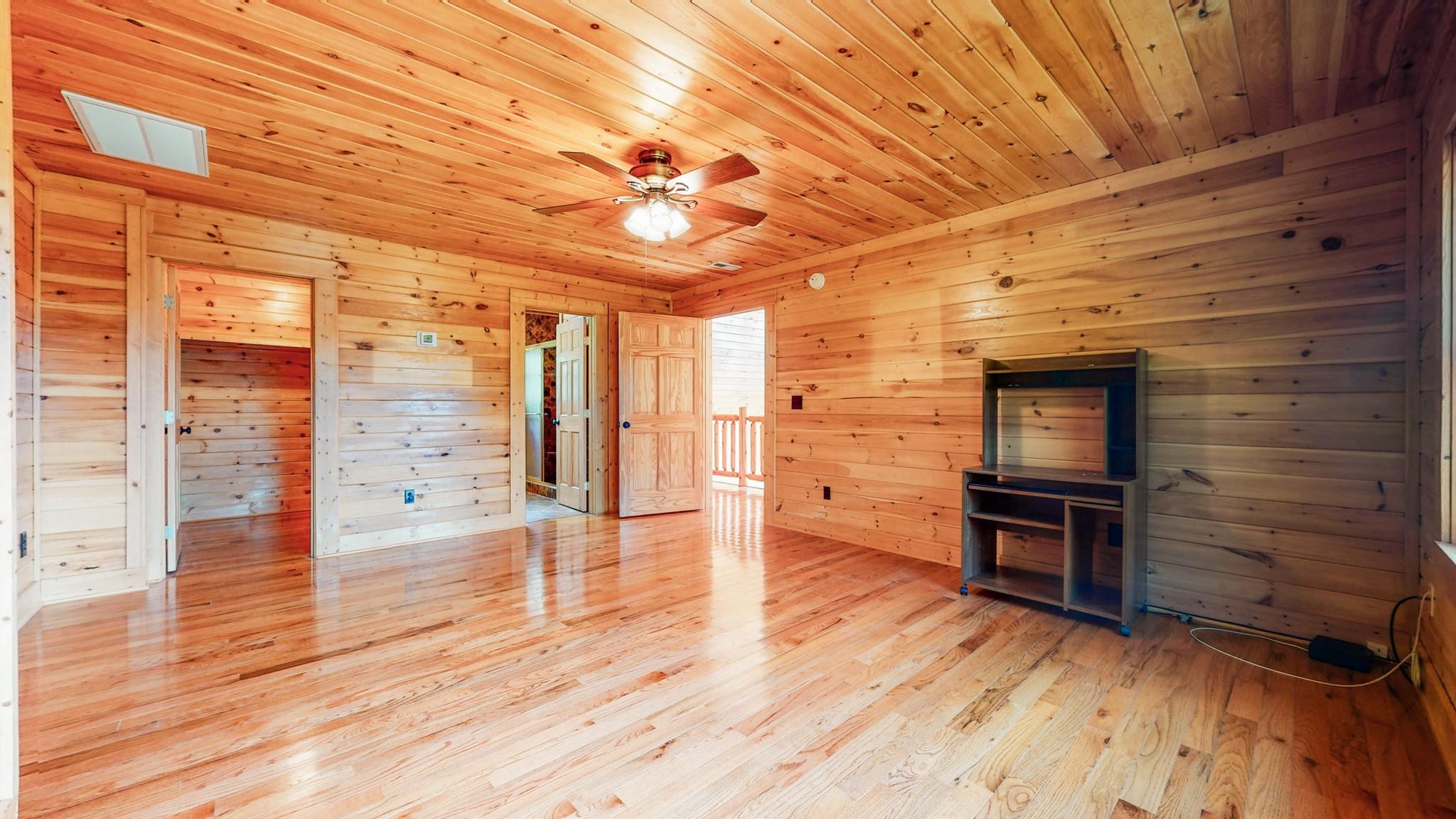 493 Lake Hollow Rd Property Photo 37
