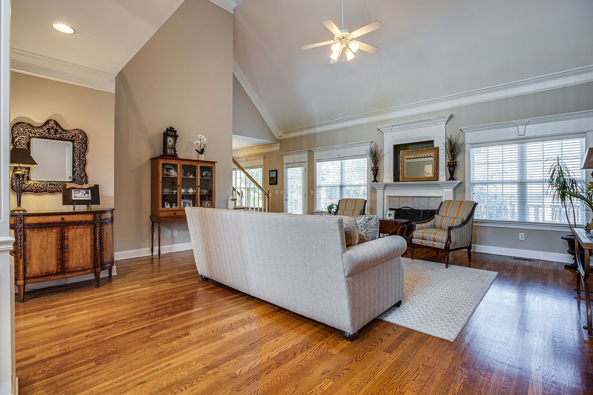 913 Northbrook Ct Property Picture 13