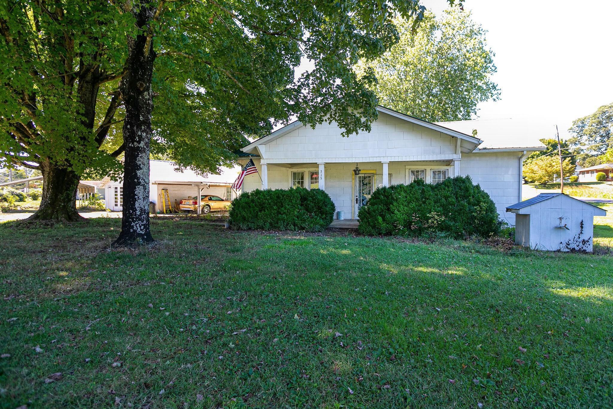 315 N Main St Property Photo