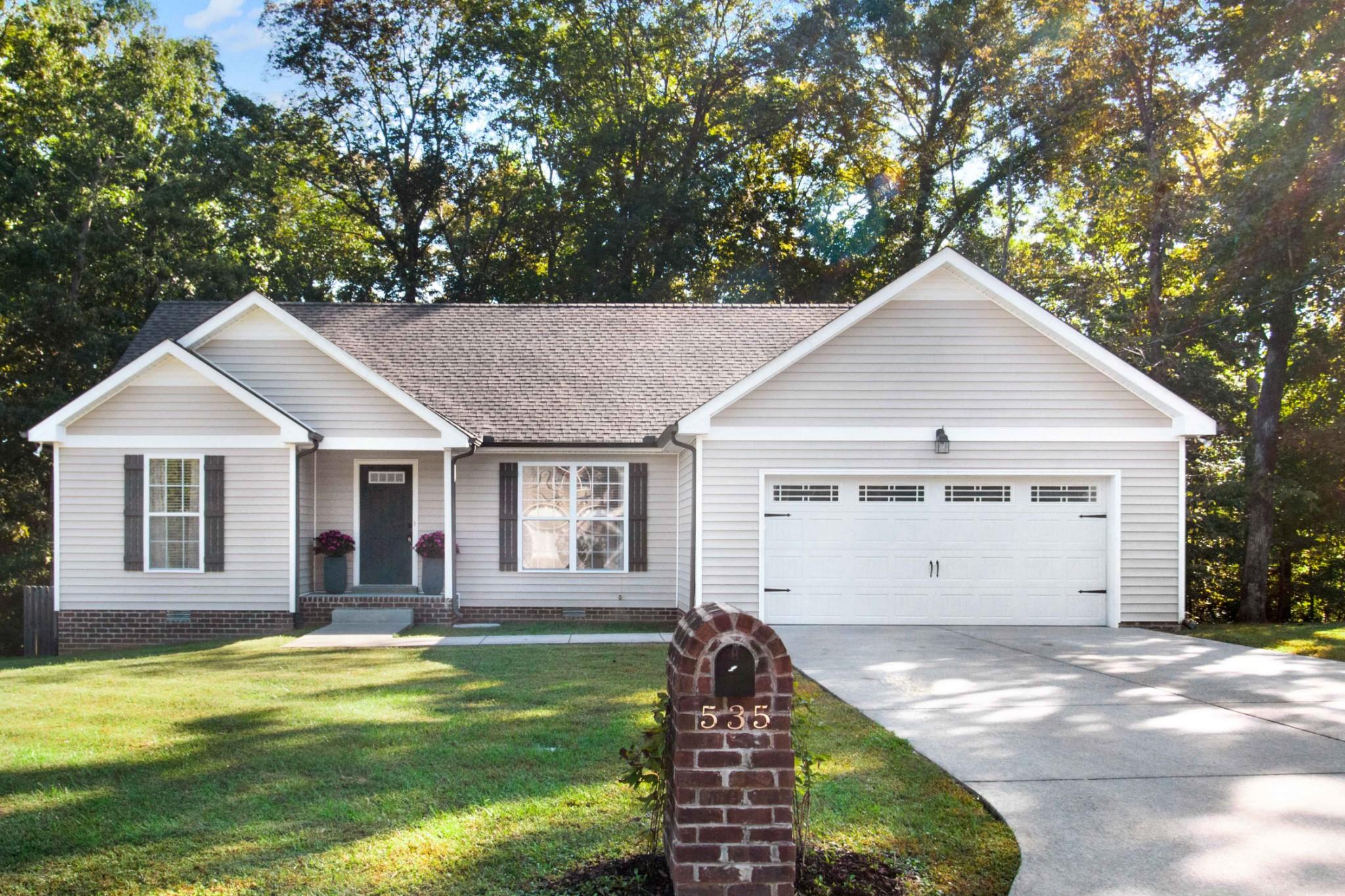 535 Cassie Ln Property Photo